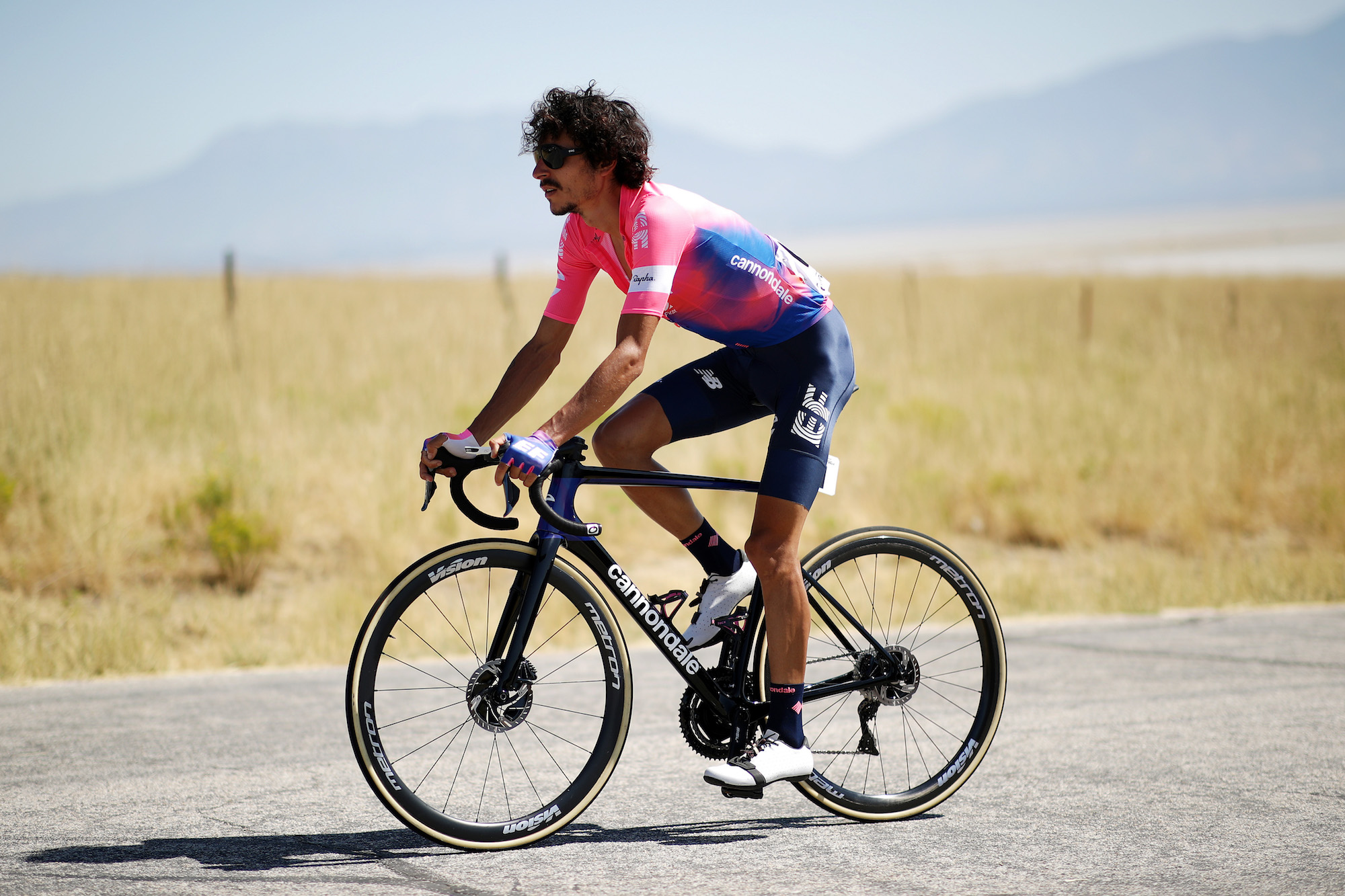 Lachlan Morton breaks Everesting record a week after failed attempt - Cycling Weekly