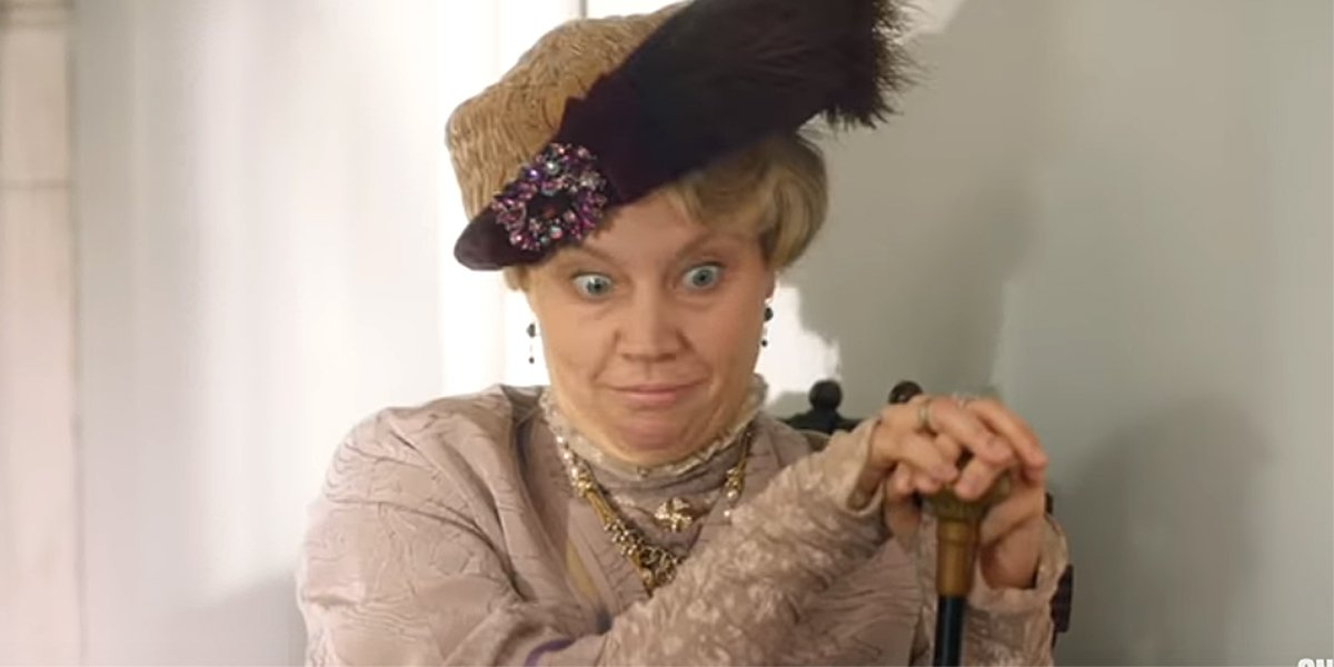 SNL Kate McKinnon as Maggie Smith dowager countess Downton Abbey