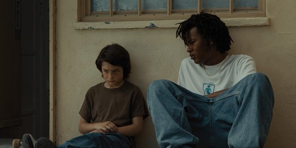 How Mid90s' Star Was Able To Take Such Brutal Hits, According To Jonah Hill