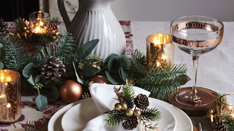 John Lewis Christmas table setting 2018