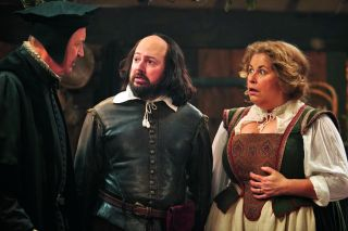 In tonight's episode, David Mitchell's pompous Will Shakespeare and family are in a potentially fatal fix.
