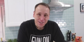 Watch Competitive Eating Champ Joey Chestnut Scarf Down Record-Breaking Number Of Big Macs