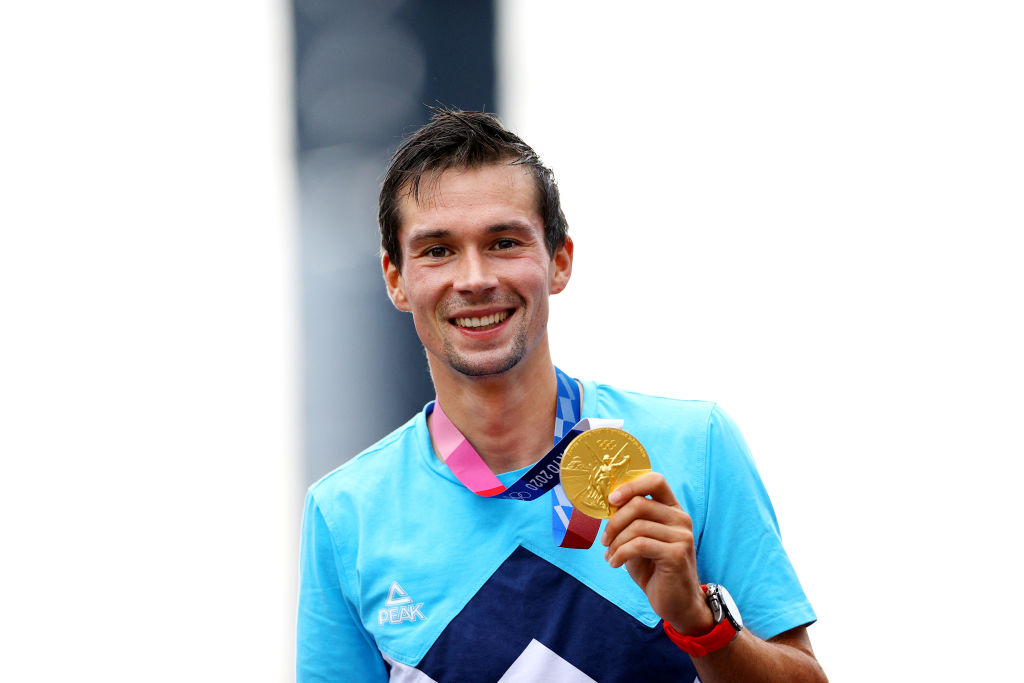 OYAMA JAPAN JULY 28 Primoz Roglic of Team Slovenia poses with the gold medal after the Mens Individual time trial on day five of the Tokyo 2020 Olympic Games at Fuji International Speedway on July 28 2021 in Oyama Shizuoka Japan Photo by Tim de WaeleGetty Images