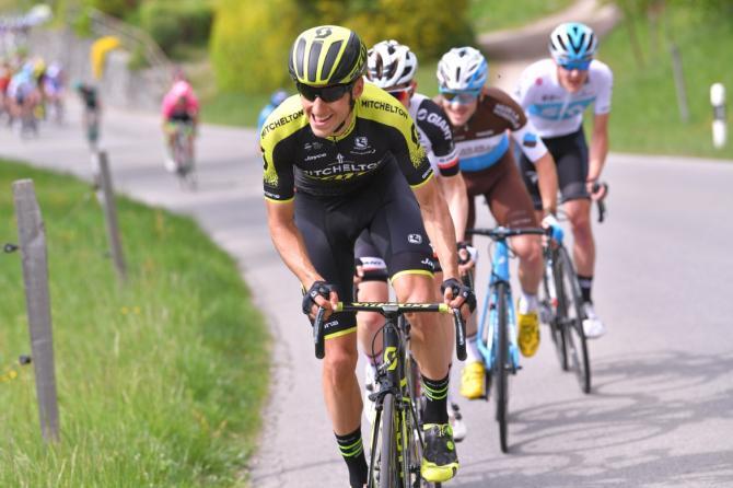 Carlos Verona leads the breakaway
