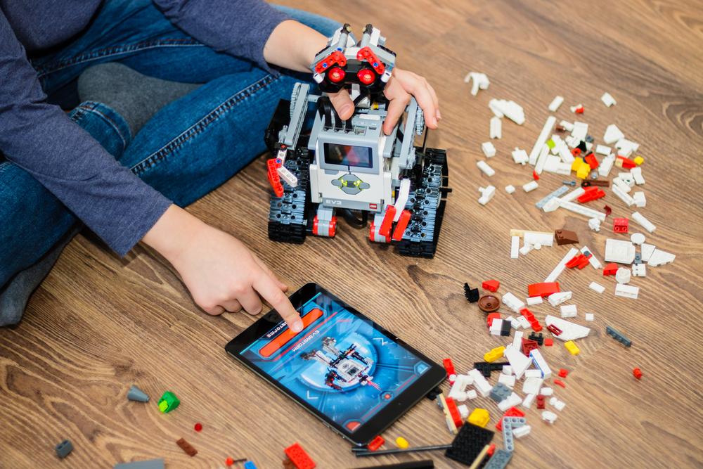 Best Robot Kits of 2018 - Programmable Robotic Toys for Kids   Tom's