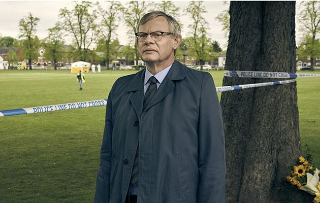 Manhunt - shows Martin Clunes