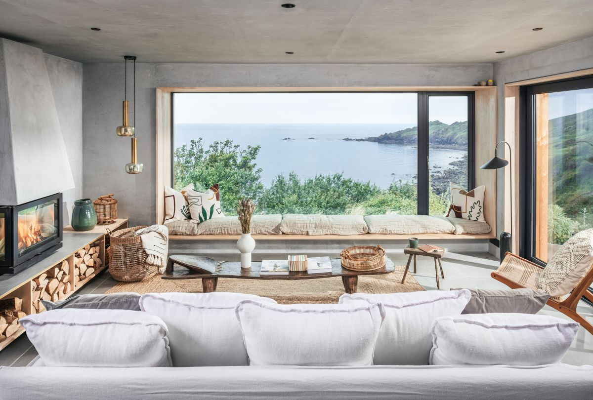 A balance of Japandi style and rustic textures make this coastal gem the perfect retreat