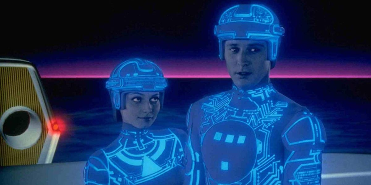 Apparently The Original Tron Costumes Were Extremely Revealing - CINEMABLEND