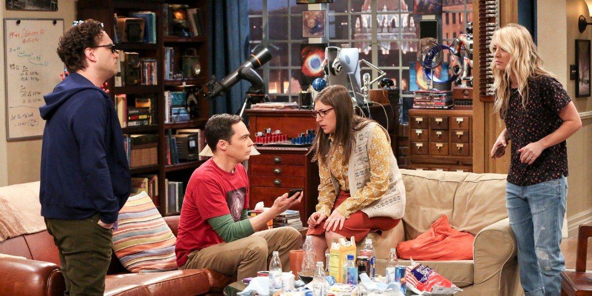 Jim Parsons, Kaley Cuoco, Johnny Galecki, and Mayim Bialik in The Big Bang Theory