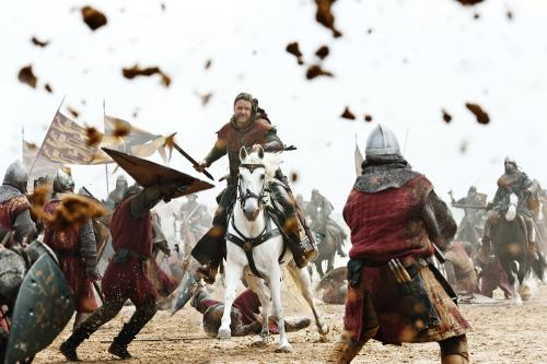 Robin Hood - Russell Crowe's legendary hero charges into battle in Ridley Scott's rousing adventure movie