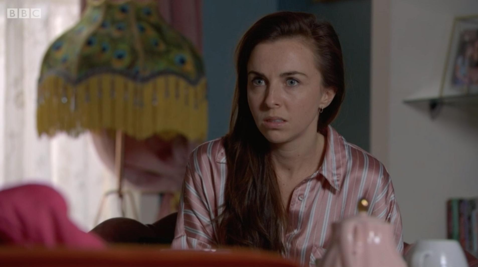 Ruby sorprendida por EastEnders