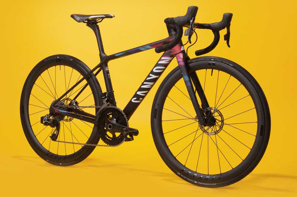 Canyon Ultimate WMN CF SLX Disc 9.0 Team CSR 2017 road bike