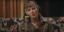 Surprise, Taylor Swift's A Brunette Now In New Thank You Post