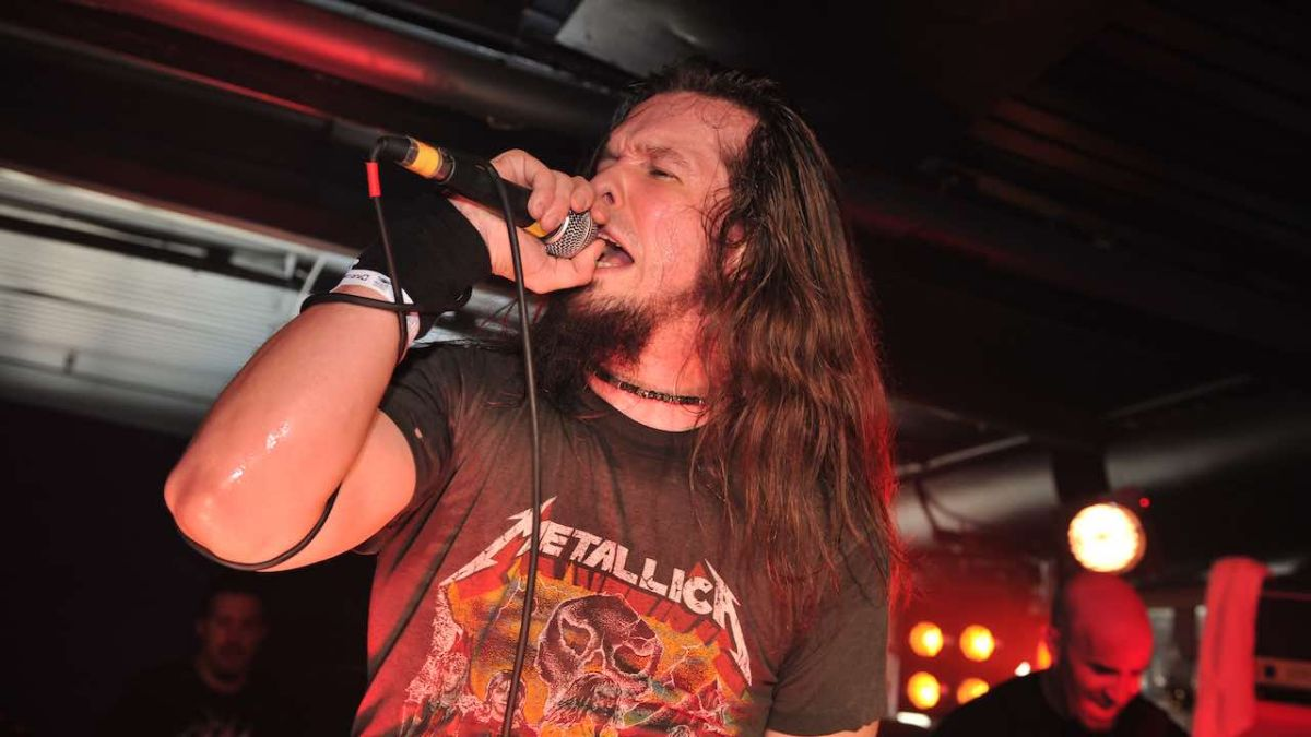 Ex-Anthrax singer Dan Nelson pleads guilty to beating up two pensioners