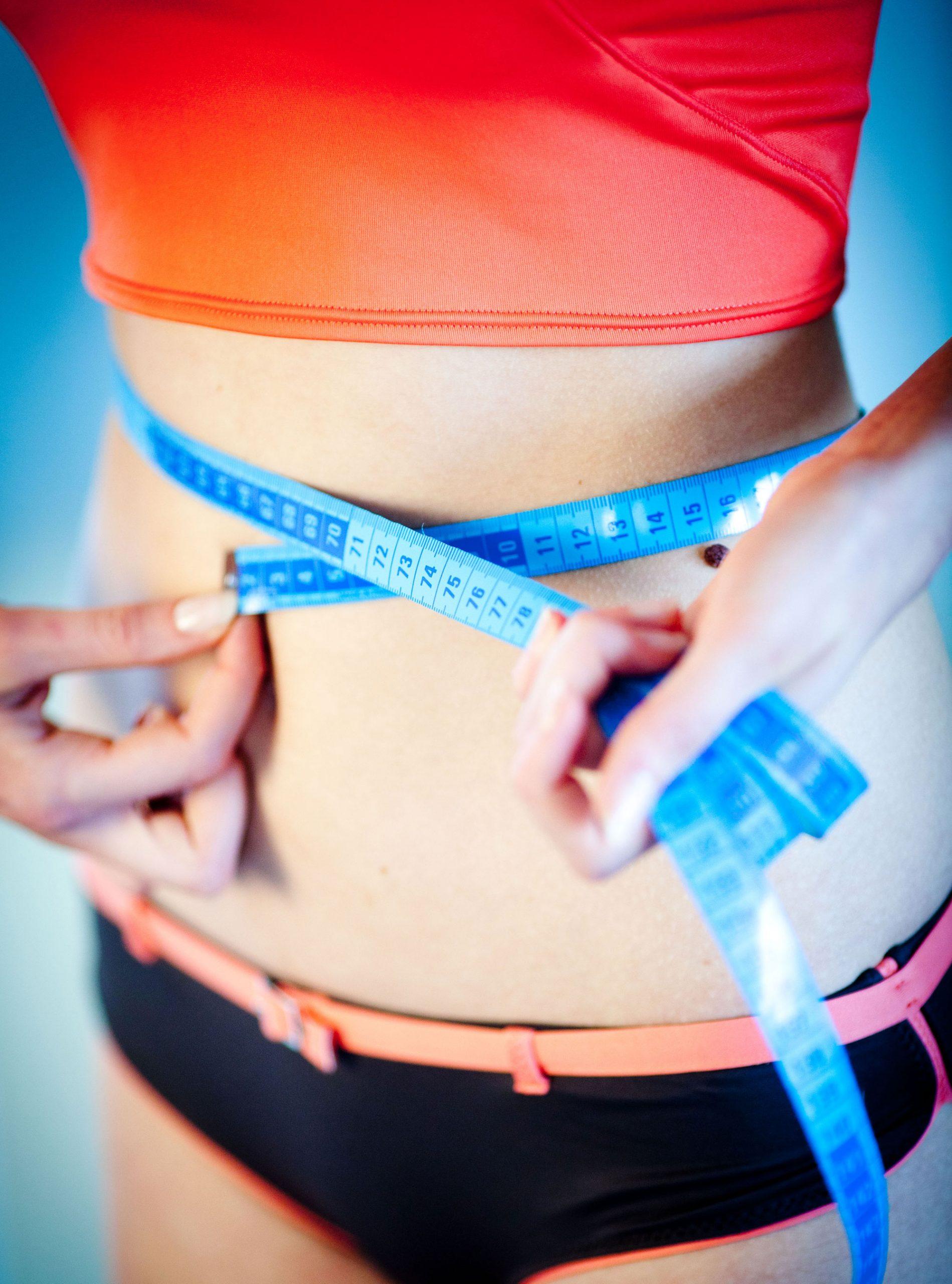 photo of model sharing weight loss tips