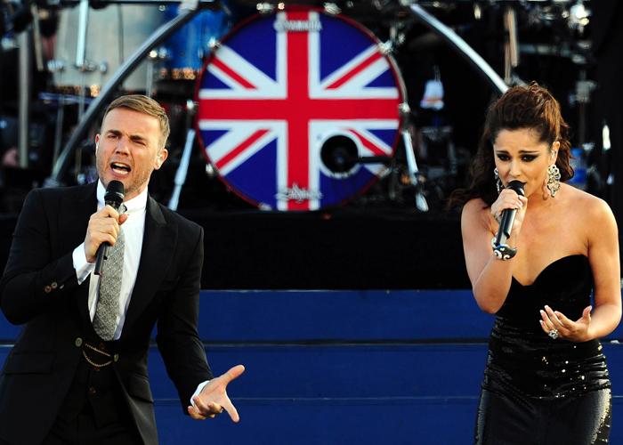 Gary Barlow, Cheryl Cole triumph at Jubilee gig
