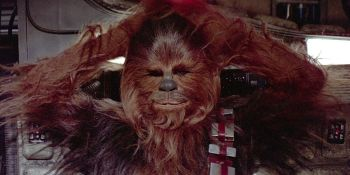 Watch Chewbacca Actually Pull Off An Arm In Star Wars: The Force Awakens Deleted Scene