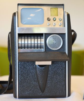 """Star Trek"" tricorder"