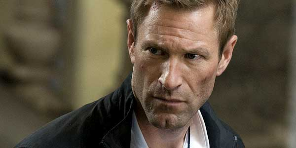 Aaron Eckhart Lands Big Role In New Tom Hanks Movie Get The Details