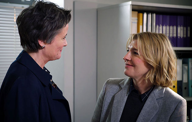 Holby City Spoilers: Trauma surgeon Bernie Wolfe is back!
