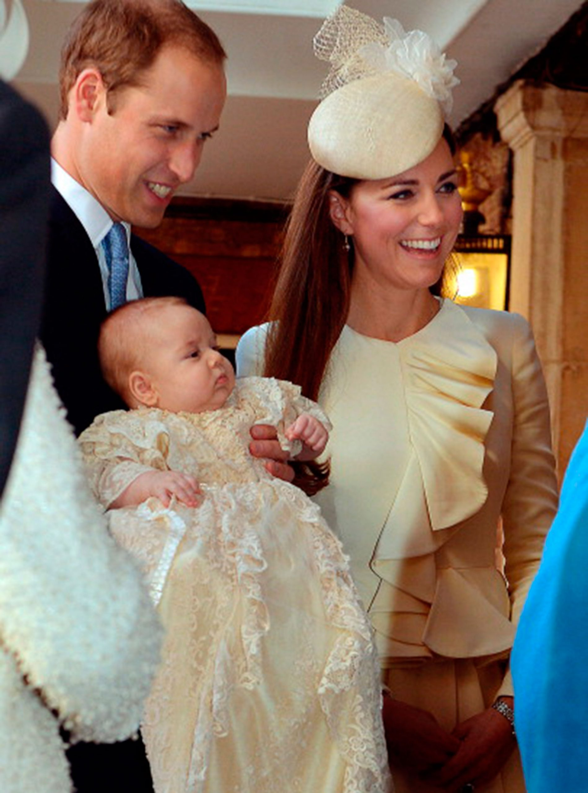 Prince William, Duchess of Cambridge and Prince George photo