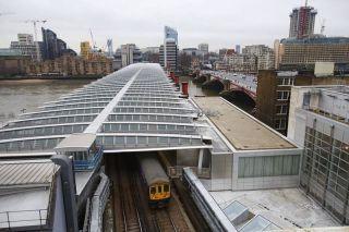 Solar-powered Bridge over Blackfriars Station