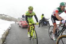 Danilo Di Luca suffers up the Galibier