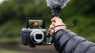 Best camera for YouTube: Canon PowerShot G7 X Mark III
