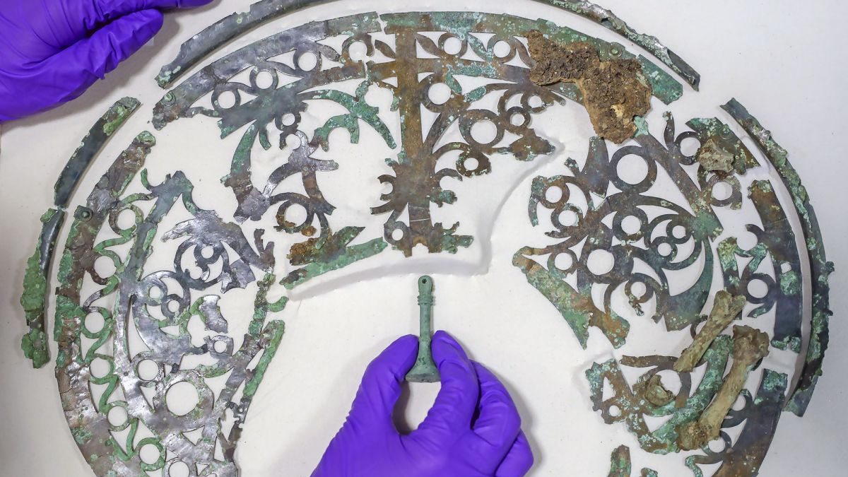 This Is the Most Elaborate Warrior Tomb Ever Discovered in England