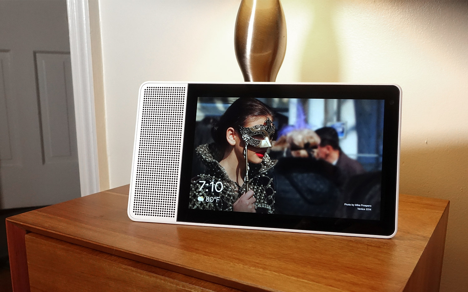 Lenovo Smart Display Review: The Echo Show Just Got Beat | Tom's Guide