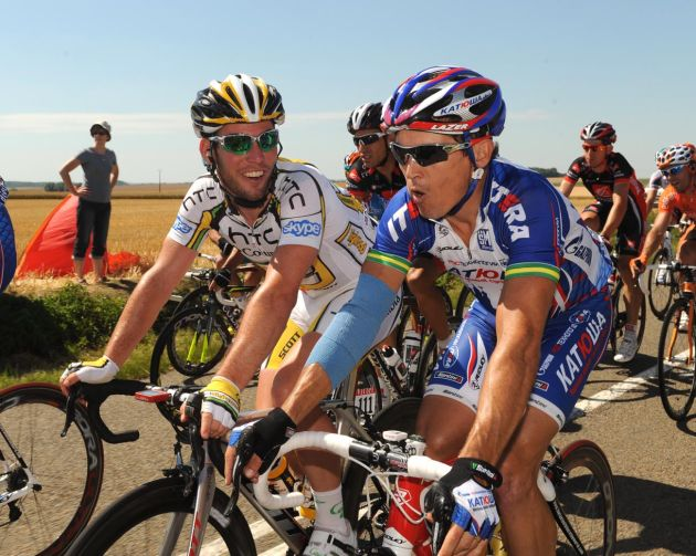 Mark Cavendish and Robbie McEwen, Tour de France 2010 stage 4