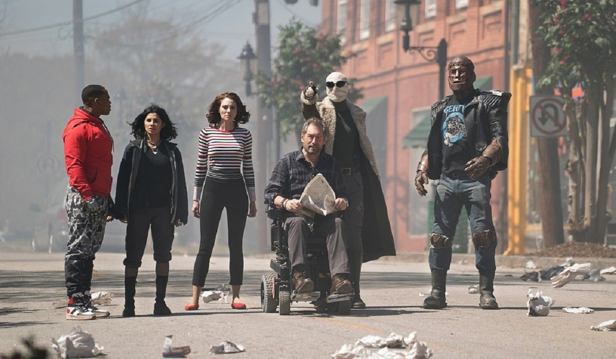 doom patrol season 1 team shrunk