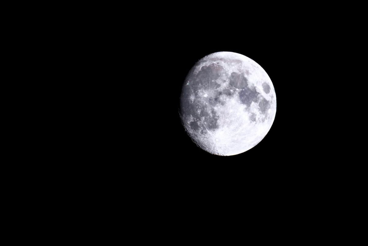 The full moon may influence sleep and menstrual cycles, scientists say - Space.com