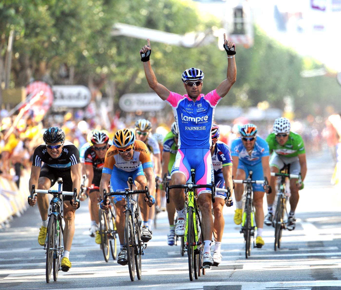 Alessandro Petacchi wins Tour de France 2010 stage 4