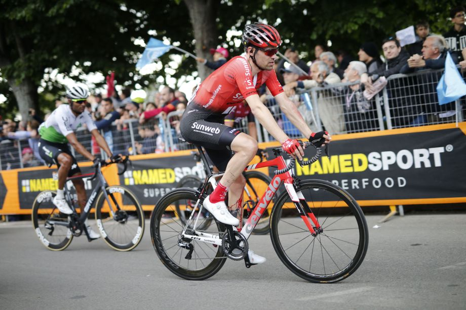 Tom Dumoulin forced to rest for a week after abandoning Giro d'Italia
