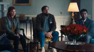 Leonardo DiCaprio y Jennifer Lawrence sentados en el Despacho Oval