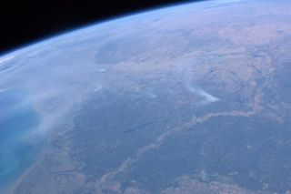 texas-wildfires-space-110907-02