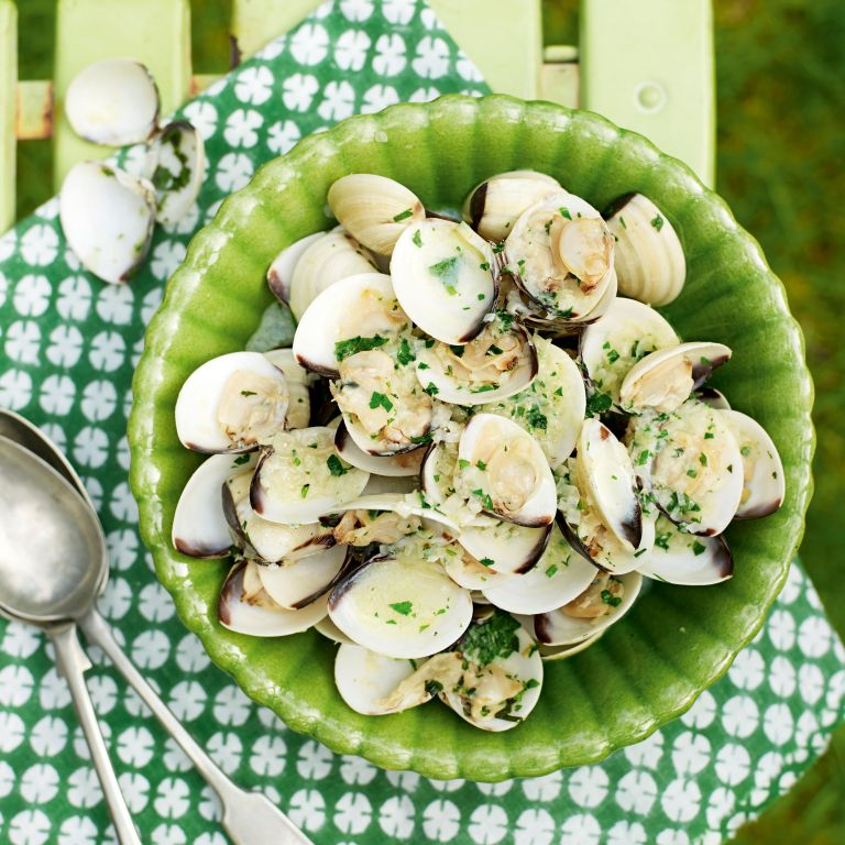 Clams with Ginger and Garlic