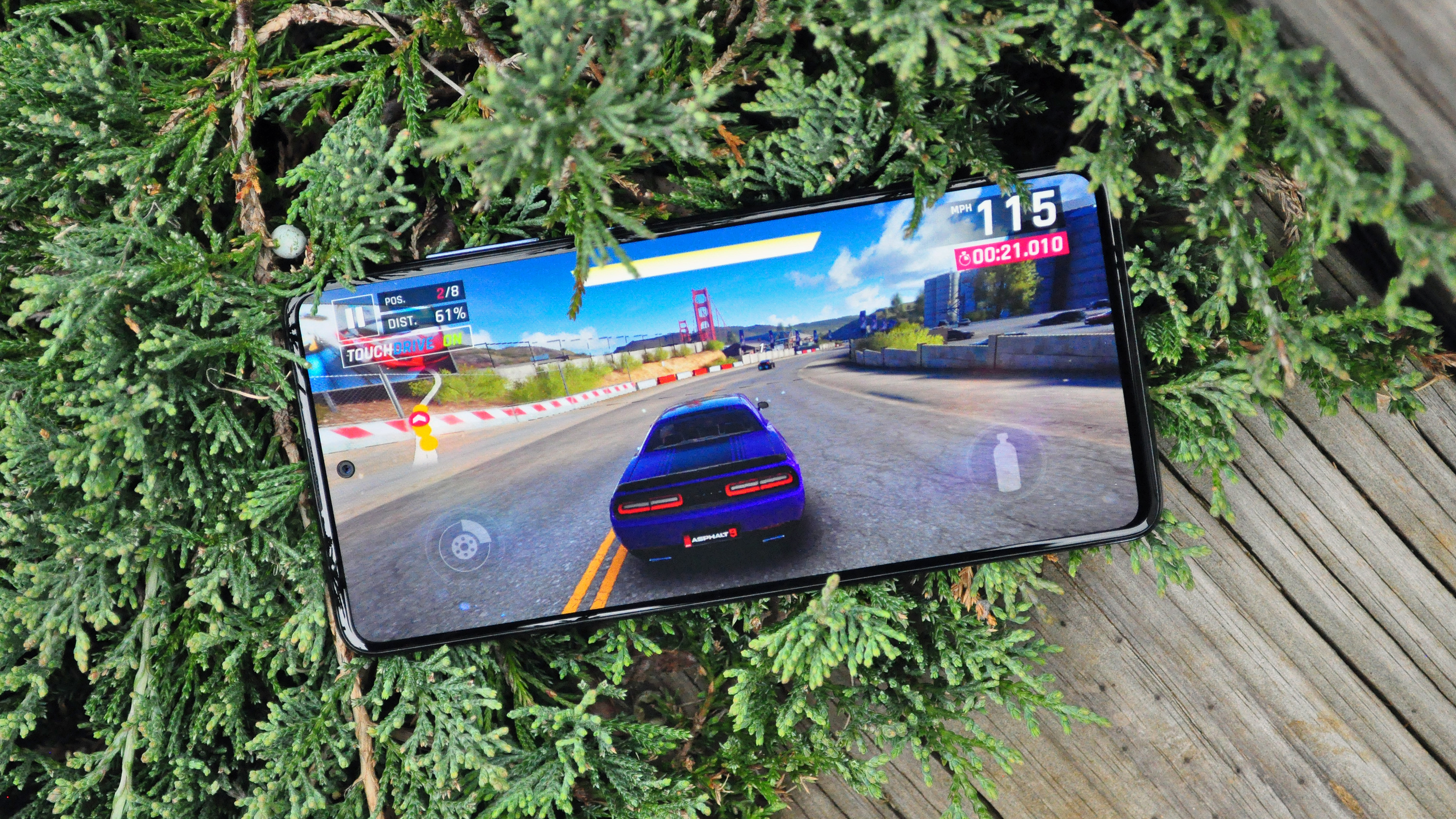 Samsung Galaxy A51 review game on screen