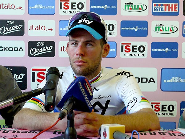Mark Cavendish speaks in post-win press conference, Giro d'Italia 2012, stage five