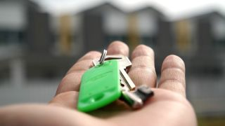 US housing market in recovery as home buyers return - how to take advantage of the upturn