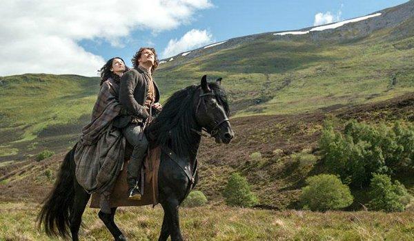 outlander jamie claire on horse starz