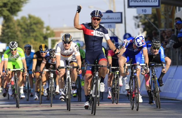 Matteo Pelucchi wins Stage 2 of the 2014 Tirreno Adriatico from Arnaud Demare and André Greipel