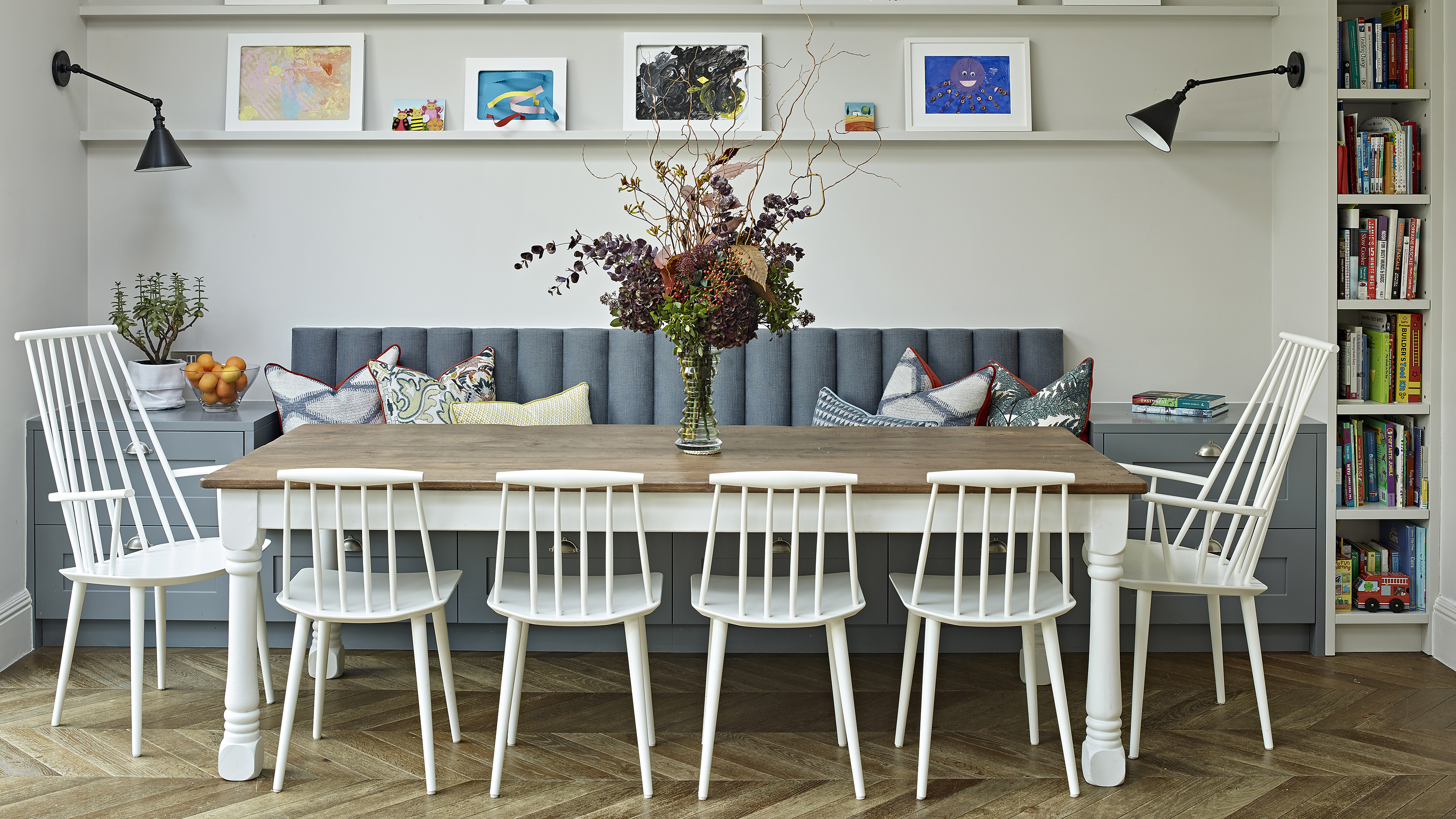 Banquette Seating Ideas For A Stylish, Built In Banquette Seating Dining Room