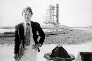 tom wolfe right stuff obituary