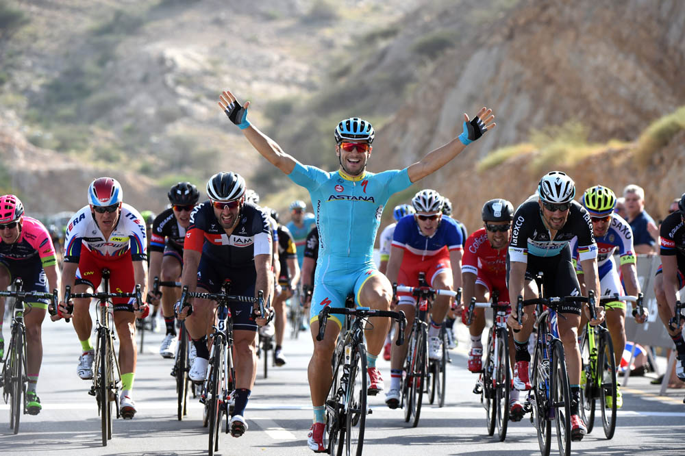 Andrea Guardini wins stage one of the 2015 Tour of Oman