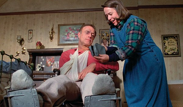 Misery James Caan looks at the shaving kit Kathy Bates presents him