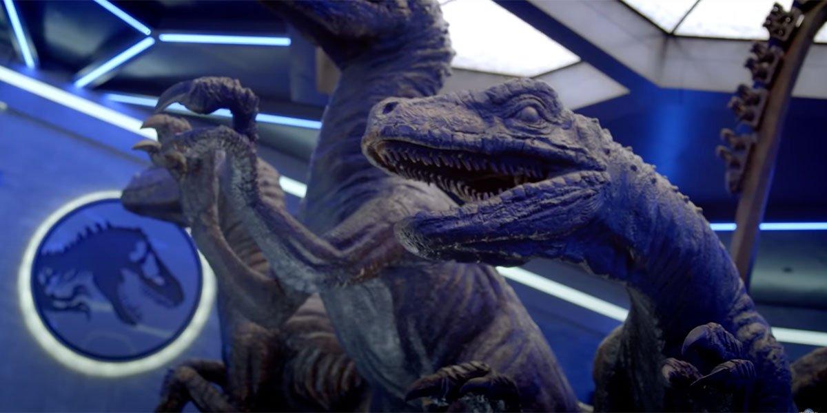 Raptor Queue at Jurassic World VelociCoaster