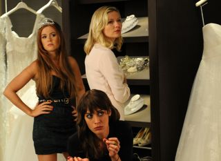 Bachelorette - Isla Fisher, Lizzy Caplan & Kirsten Dunst