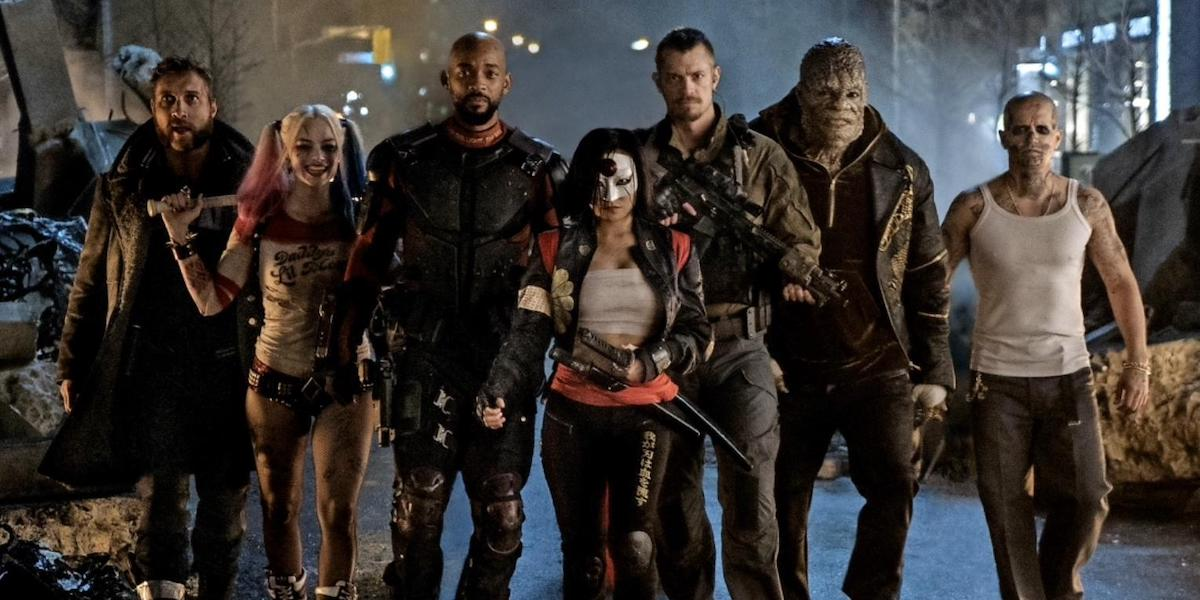 Suicide Squad 2016 movie main cast waling among buliding wreckage